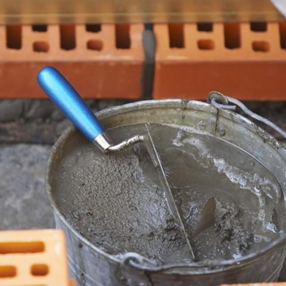 Цементно-песчаные смеси и вяжущие материалы.